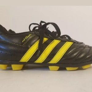 ADIDAS Adi Questra Youth  Soccer Cleats  Size 2